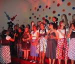 Coral Força Jovem Brasil canta com Celinha do Fat Family