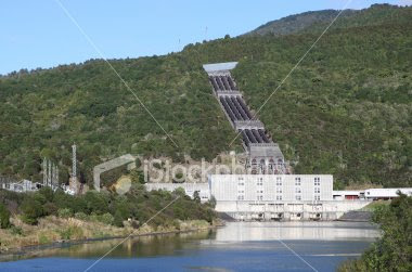 ist2_6023916-hydro-electric-power-station.jpg