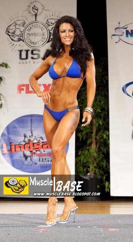 Amanda Latona - Ms Bikini 2010.