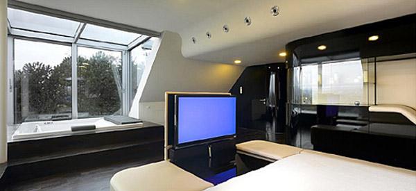 Futuristic interior design gallery from luxury house - Futuristic house interior ...