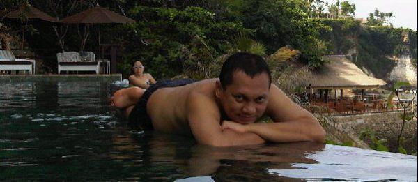 Foto Gayus Pesta Miras dan Liburan di Thailand