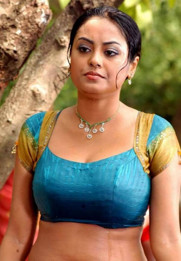 Malayalam Mallu Aunty Show Blouse Transparent Spicy Hot Boobs