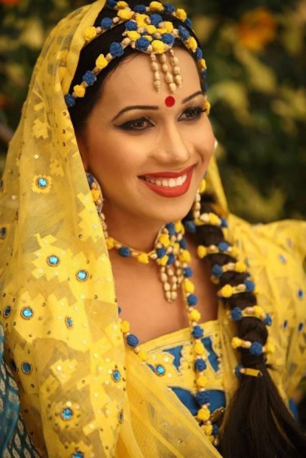 http://3.bp.blogspot.com/_mCQCUdBDa_U/S9JwhuxEyfI/AAAAAAAAHwE/ZhVfTxgfX5M/s1600/Bangladeshi-Bridals-Wedding-Photos-0.jpg