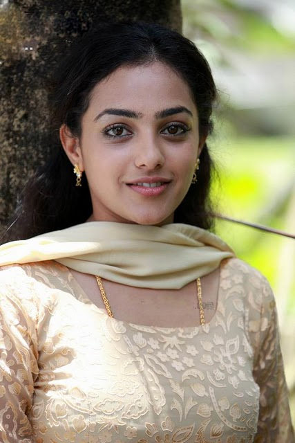 Malayalam Asianet TV Anchor Nithya Menon Hot Photo Collection