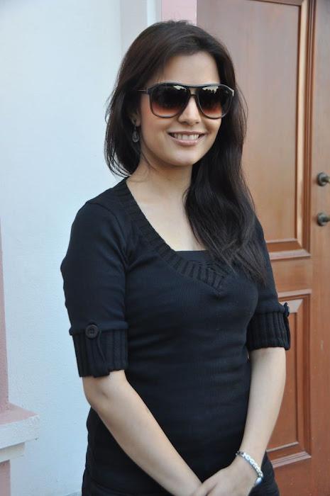 nisha agarwal new in charming black dress