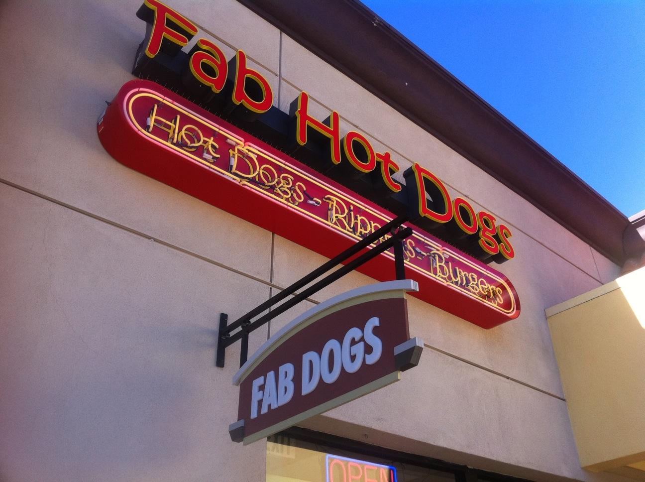 Fabs Hot Dogs Diners Drive Ins And Dives