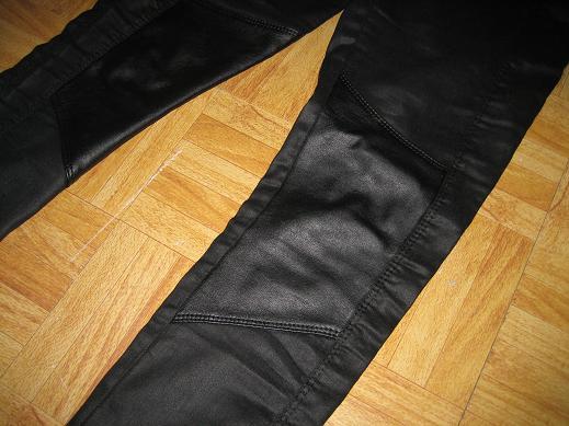 chemise et legging(H&M), bottines(La Squadra) et sac(Fafa)