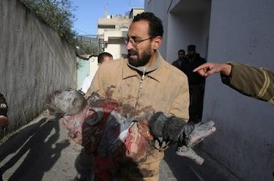 http://3.bp.blogspot.com/_mFkRlsMQAlY/SW39XeTyvcI/AAAAAAAABKo/M4oruy1Vb90/s400/Child-Victim-Gaza-2009.jpg