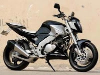 Modifikasi_Suzuki_GSR_250cc_2010_Picture