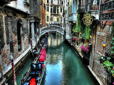 Vanice Canal Wallpape