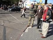 E. Gutierrez Cortinas Señala la vias
