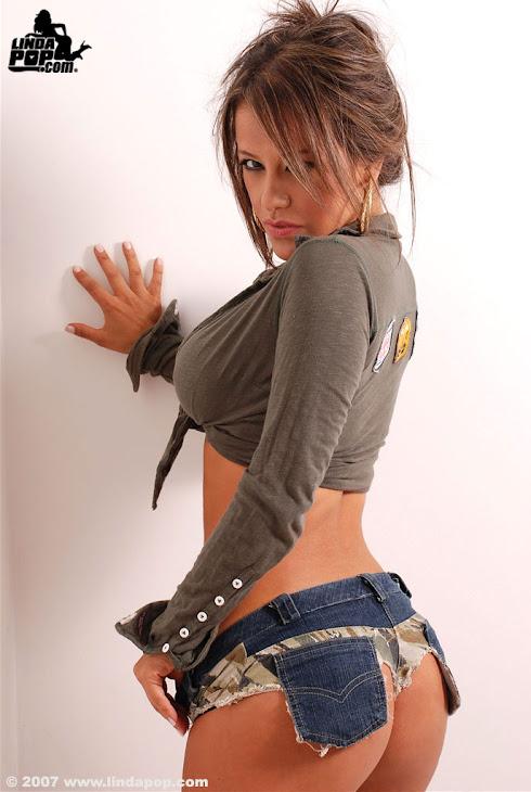 Catalina Soto  17