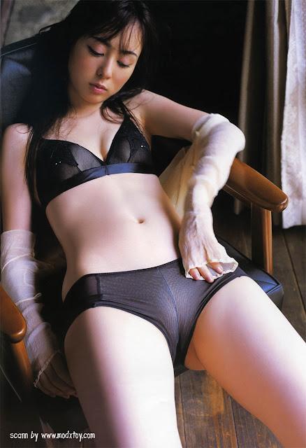 Very hot pics of Rina Akiyama