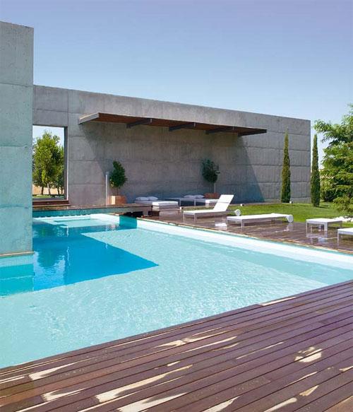 Dise o patios for Piscinas disenos modernos