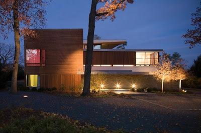 Casas minimalistas y modernas las nuevas fachadas estilo for Nuevas fachadas minimalistas