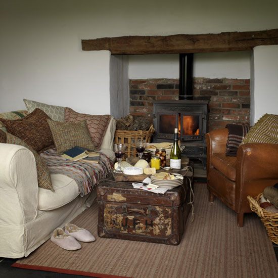 Estilo rustico mesas ratonas originales - Country cottage style living room ideas ...