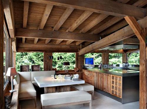 Interior home design mas sobre rustico suizo for Habitaciones prefabricadas para terrazas