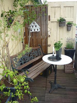 Estilo rustico mas patios rusticos for Jardines rusticos fotos