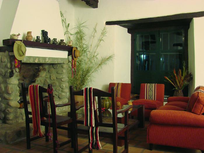 decoracion de interiores rustico colonial:RUSTICO EN LA HACIENDA DE MOLINOS