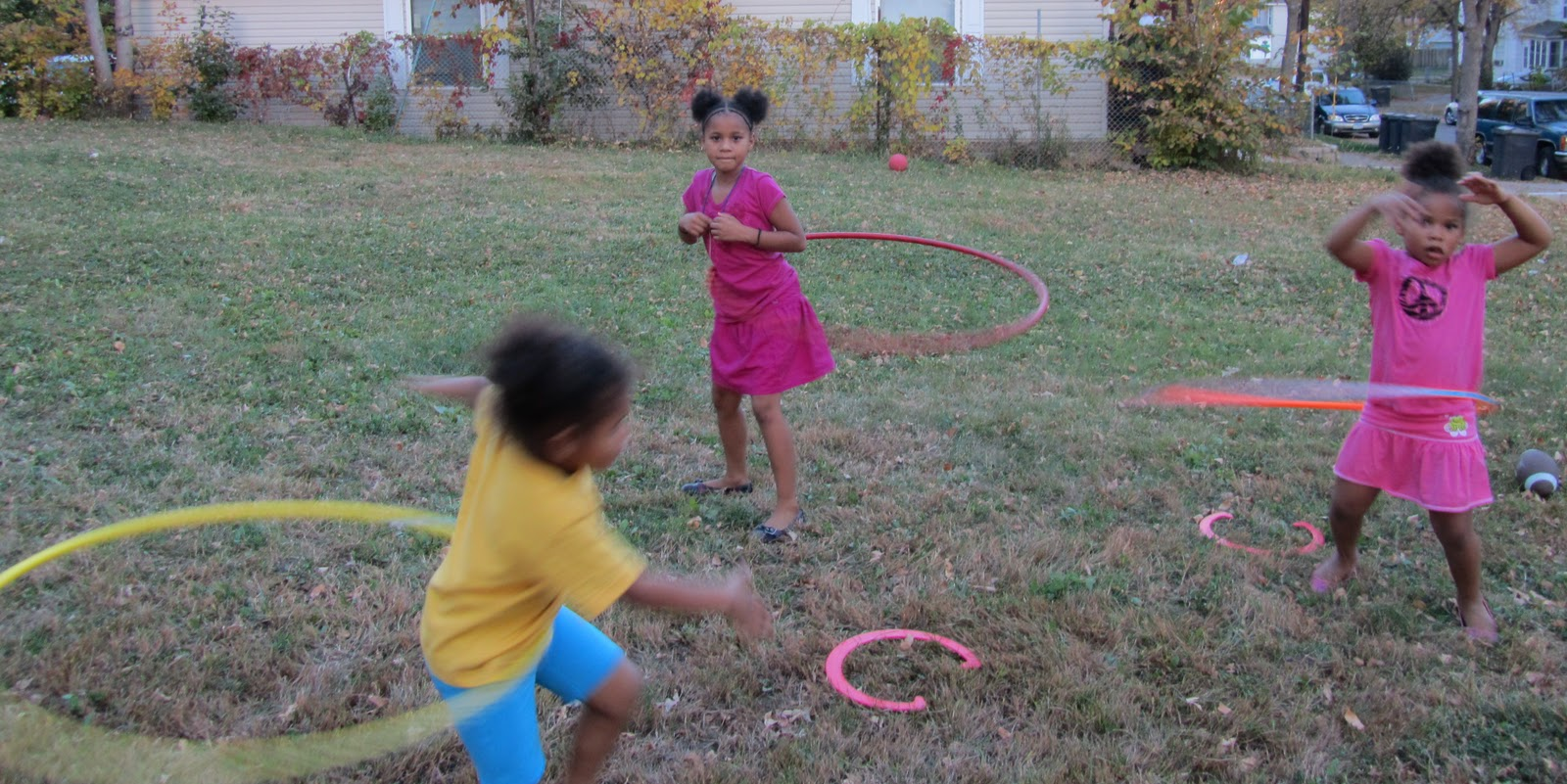 North by northside giving away hula hoops at the habitat closing ceremony - Suspension hula habitat ...