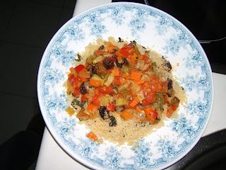 Couscous aux légumes (sémola de trigo con verduras)