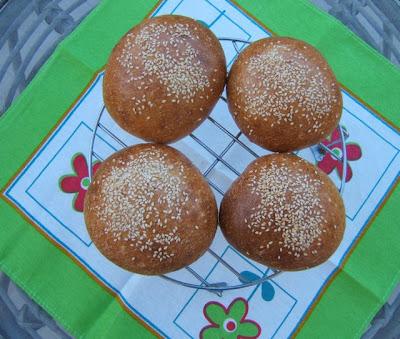 Panes para hamburguesas (sólo con masa madre)