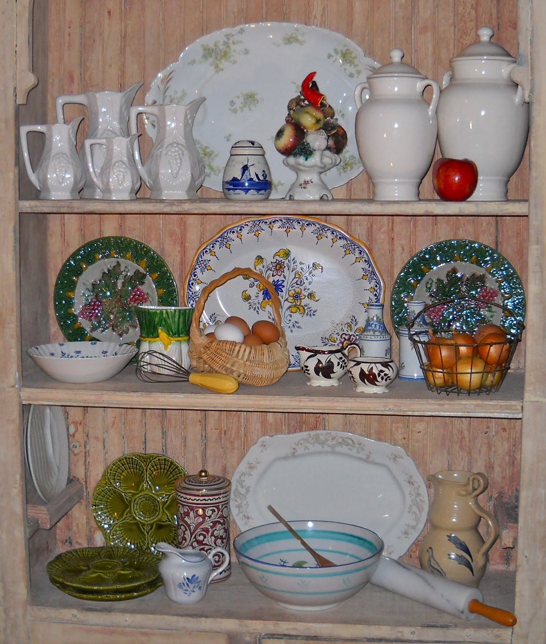 Country Kitchen Accessories: Knickerbocker Style & Design: Eclectic Country Kitchen Decor