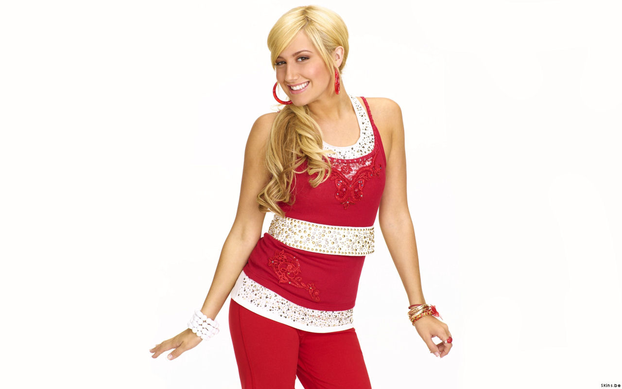 http://3.bp.blogspot.com/_mOQpT502R2U/TM_Jfo7fVfI/AAAAAAAAB_U/trQYxKJhdOA/s1600/Ashley+Tisdale+.jpg