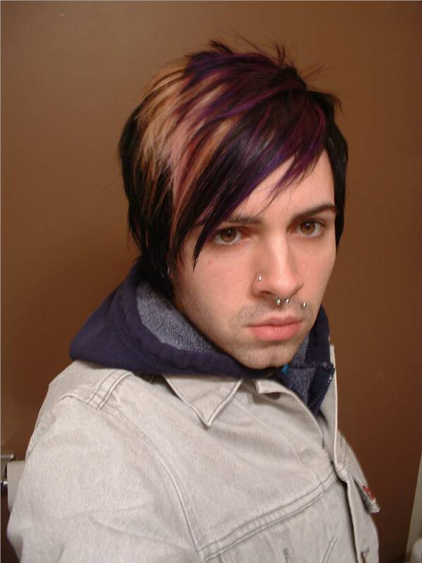 Emo Guys Short Sexy Haircuts with Highlights