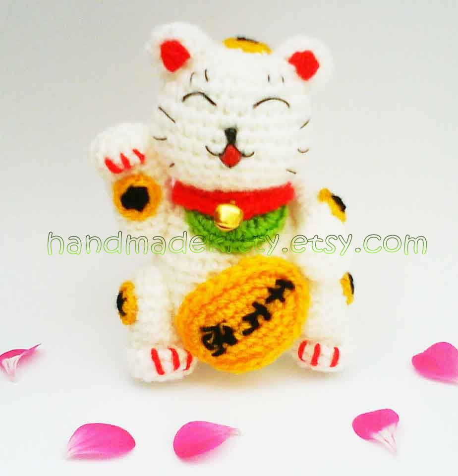 Amigurumi Neko : HandmadeKitty: Maneki Neko Lucky Cat Amigurumi Crochet Pattern