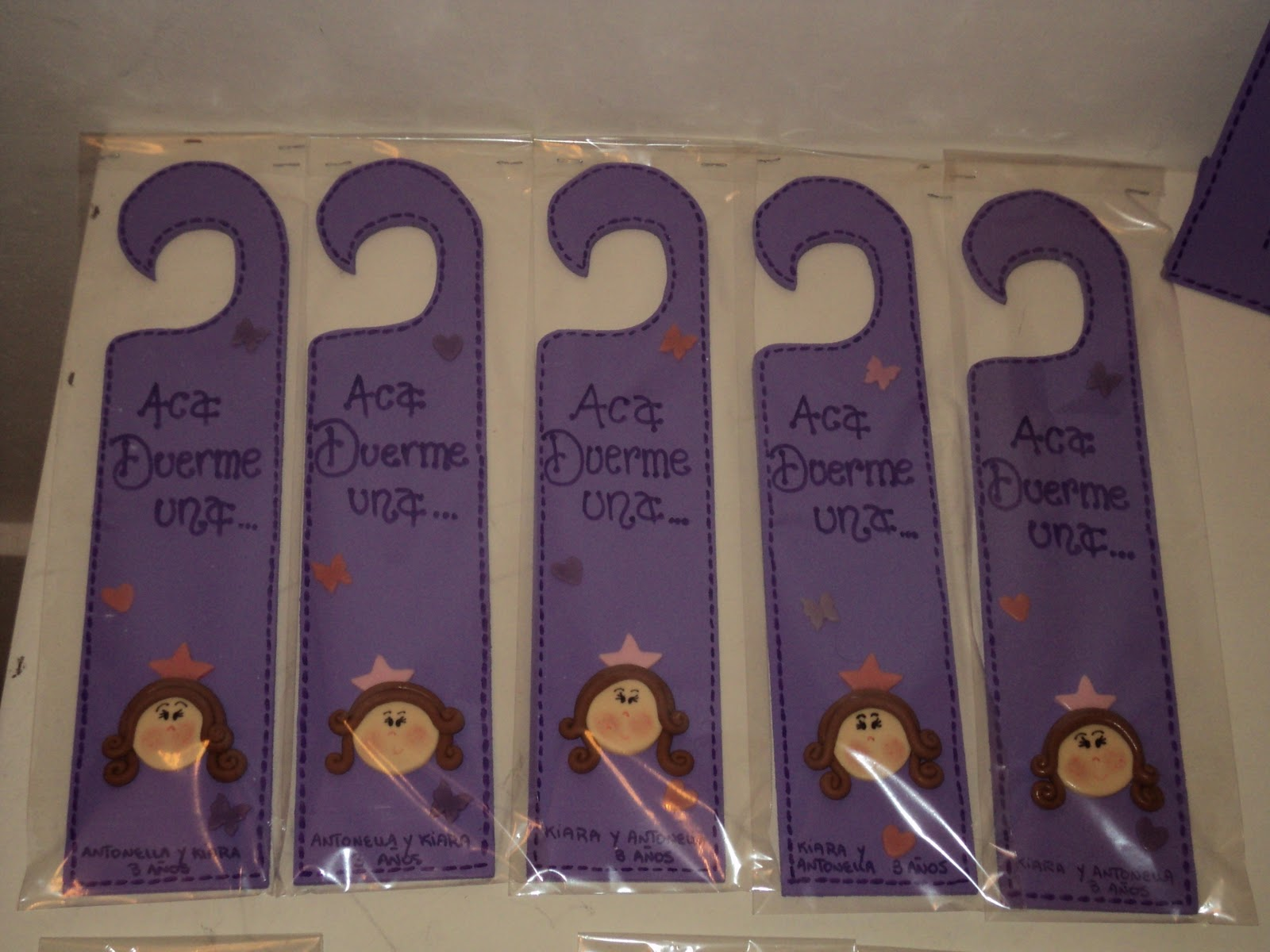 cartelitos para el picaporte: princesas