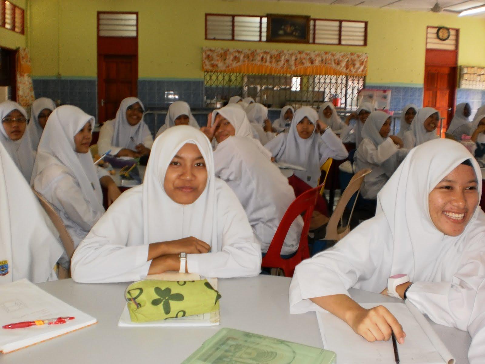 Hari Terakhir Seminar Kecemerlangan SPM 2010 | JURNAL HARIANKU