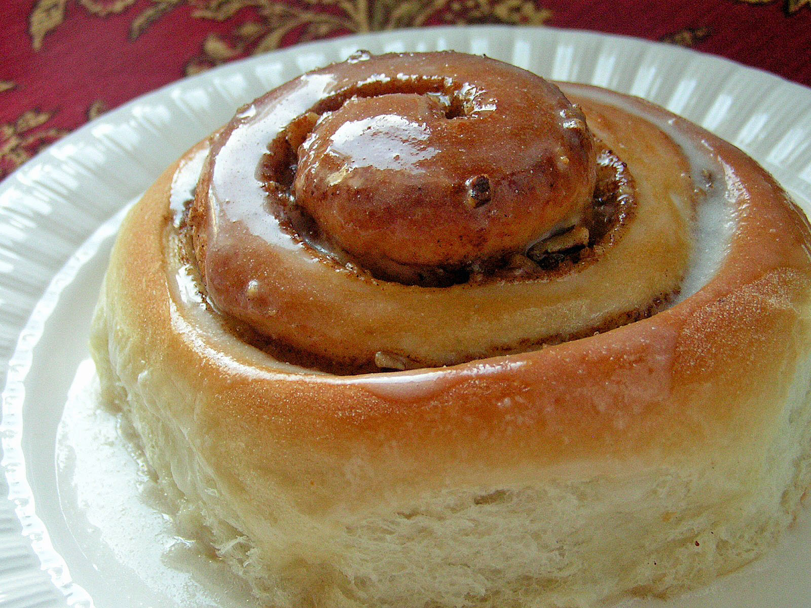 CLASSIC HOMEMADE CINNAMON ROLLS - Butter with a Side of Bread