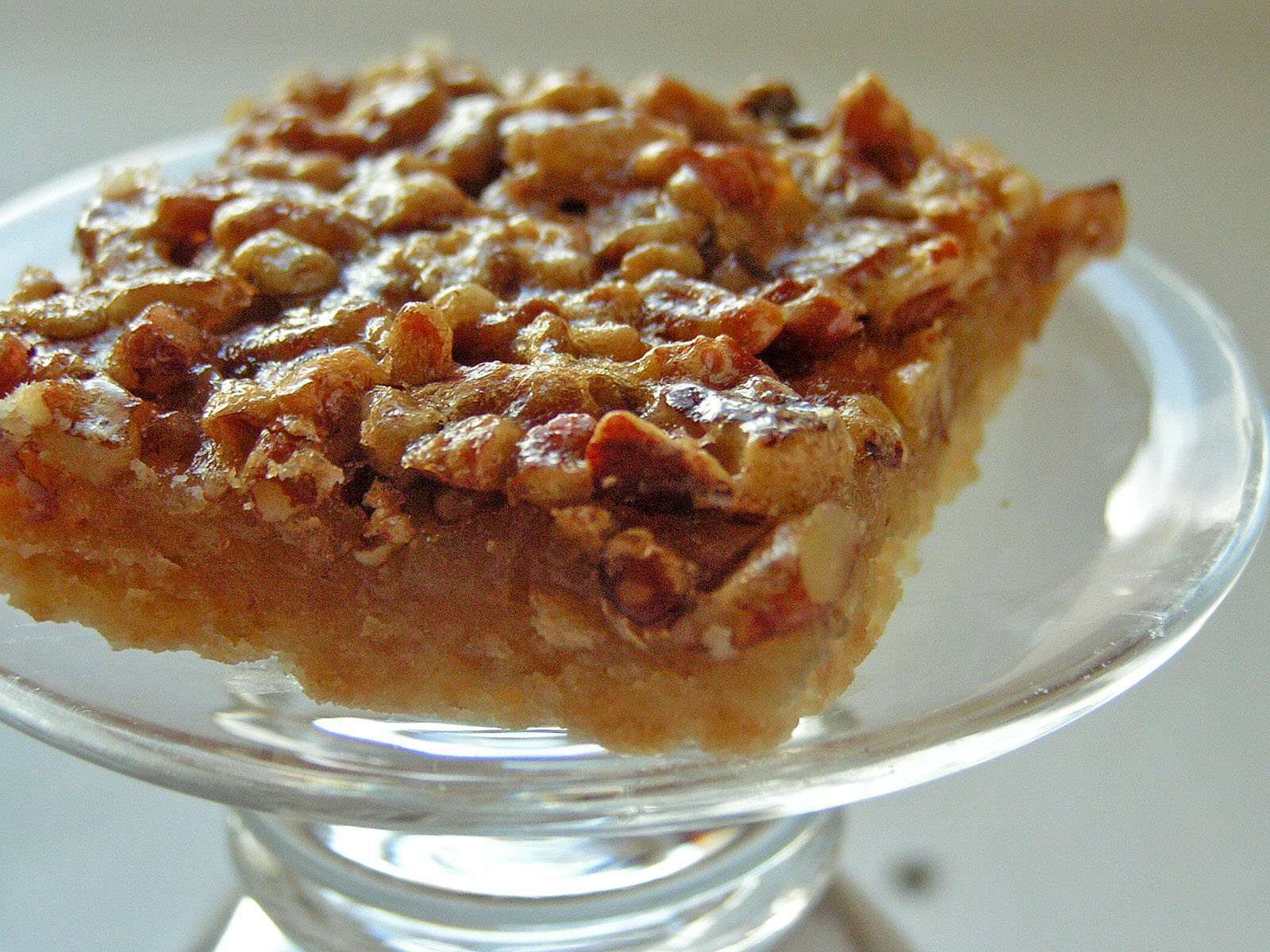 THANKSGIVING TREAT: PECAN BARS - Butter With a Side of Bread