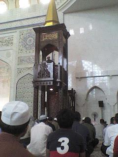 Khutbah Idul Fitri 1434 H : Menjadikan Masjid Seperti Rumah Sendiri