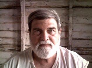 JORGE LUIS MARI BECERRA
