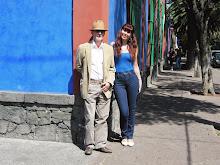 En las esquina de la casa azul de Frida Khalo en Coyoacan.