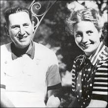 Eva Duarte acompañada de Perón