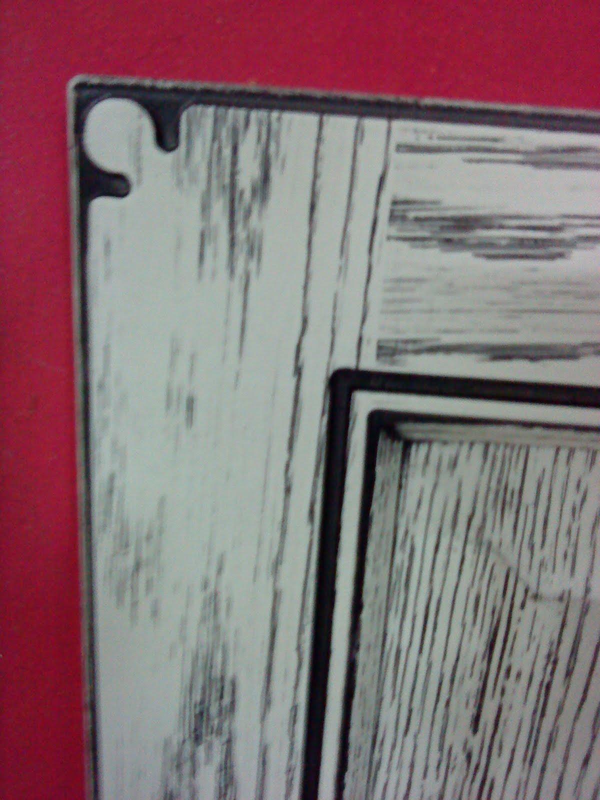 EL RINCON DEL MUEBLE Patinado negro sobre fondo blanco