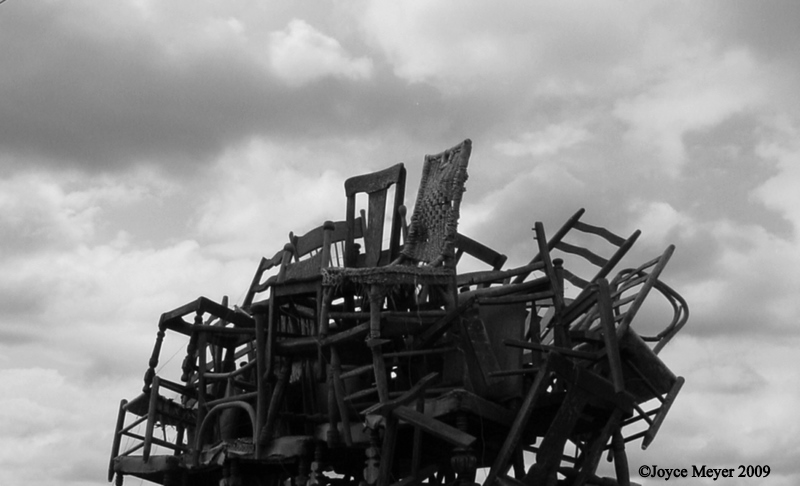 [Chairs+and+Clouds+]
