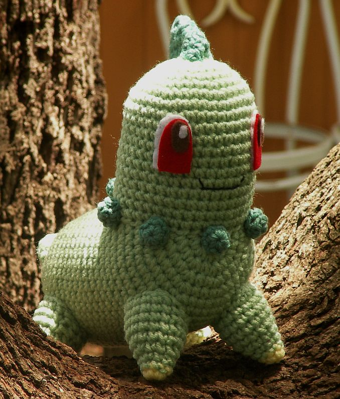 Crocheting Pokemon : Well after many requests (and finally getting the yarn I needed ...