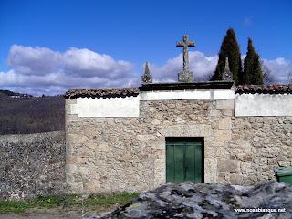 Portada del Cementerio de Candelario Salamanca