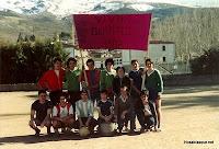Candelario Salamanca los quintos del 82 en el campo de futbol