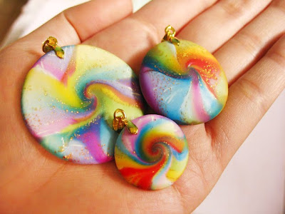 polymer clay rainbow beads by angeli sobrepena