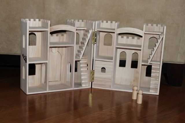 MADE: Pieces For Reese: Pretend Play: Wooden Castle (Peg People)