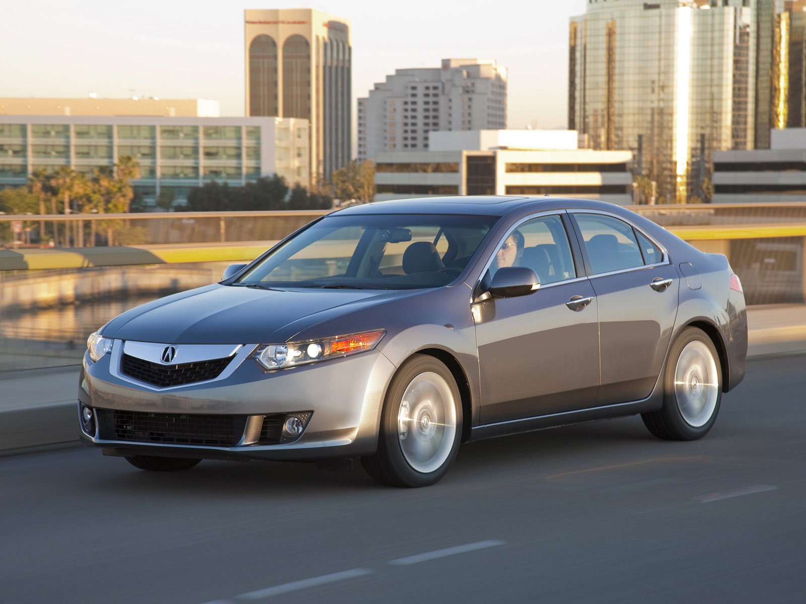 sedan news quarter received when debuted stickshift based the market compact for u was on to accord well acura farewell motion tsx s front three honda sale a sport it luxury european by in
