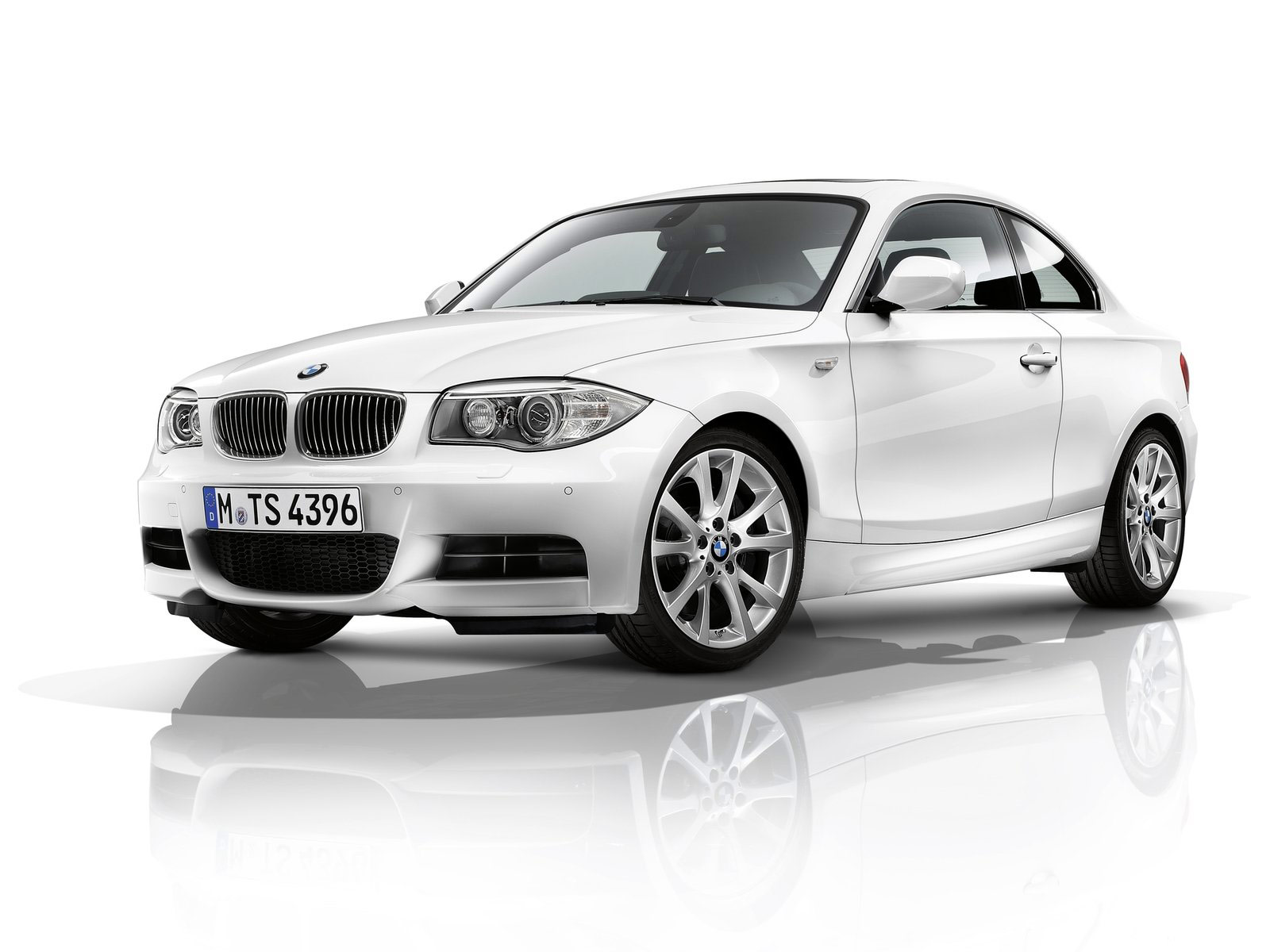 2012 bmw 1 series coupe wallpapers car accident lawyers info. Cars Review. Best American Auto & Cars Review