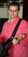 Chitara face lumea mai roz
