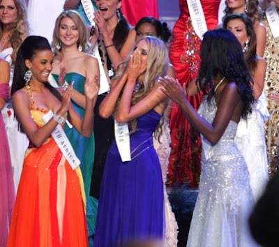 Miss World 2008 Winner Congratulated