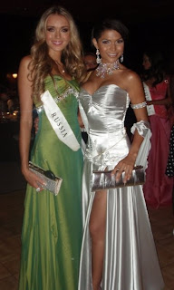 Gabrielle Walcott with Ksenia Sukhinova at Miss World 2008 Contest
